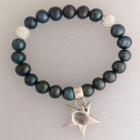 Black fresh water pearl bracelet and star charm